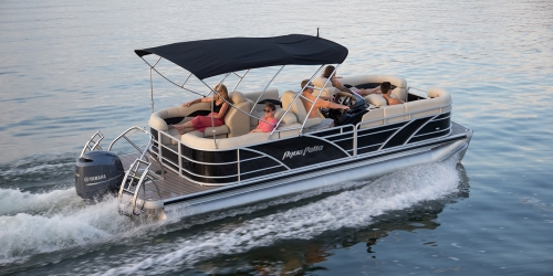 Exceptional The Aqua Patio 220 SL Is A Newer More Unique Layout Where You Have 4 Chaise  Lounges Instead Of The Normal Two. It Really Make The Boat Very Practical  And ...